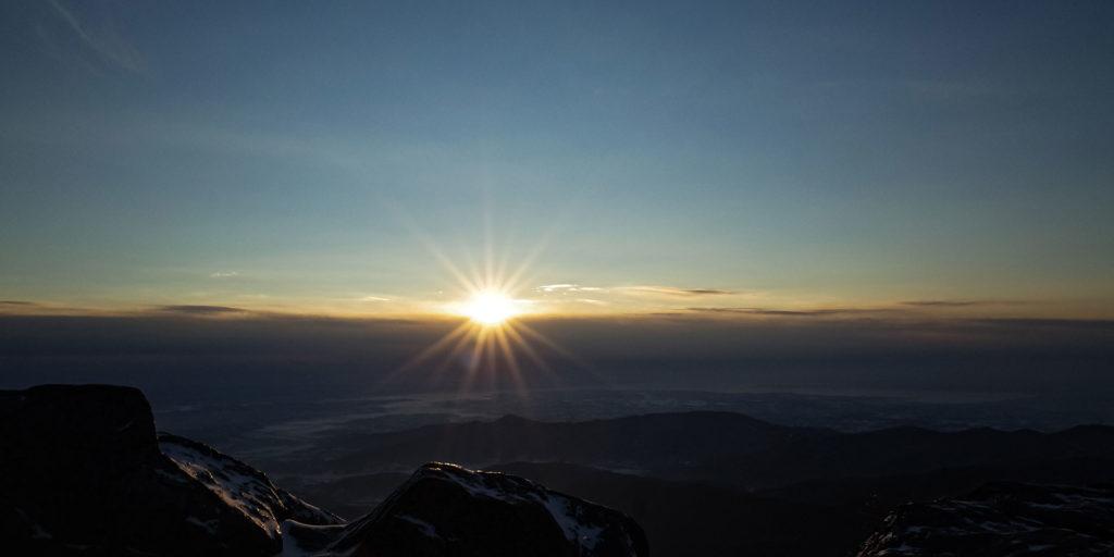 筑波山から見る日の出