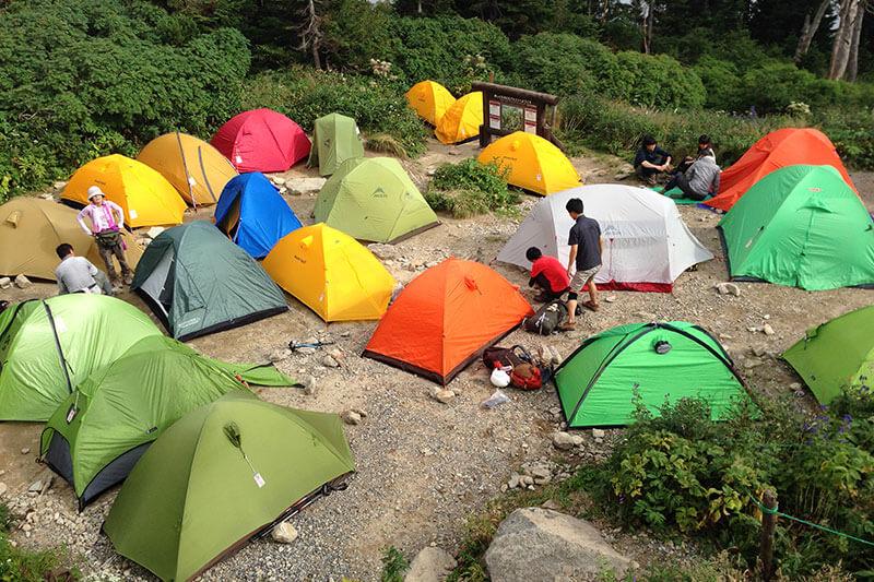 西保山荘のテント場