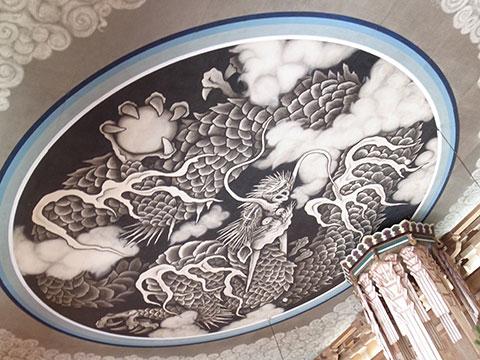 小泉淳作画伯の雲竜図